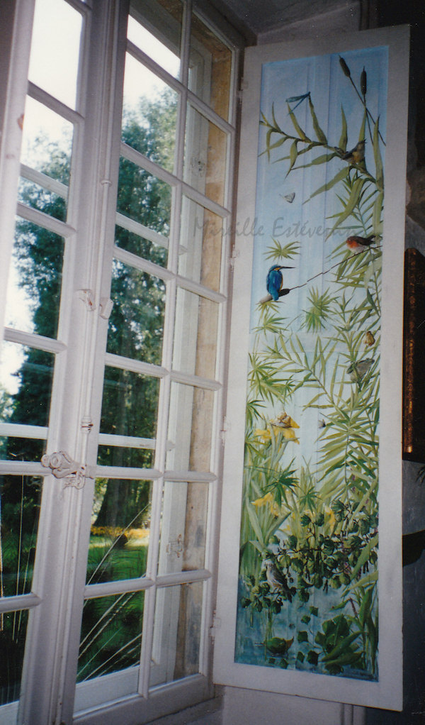 Décor of aquatic plants and birds painted on the 2 sides of interior wood shutters. mixed media on wood